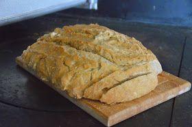 Tämä resepti lähti mukaani Ylitorniosta. Saimme tätä herkkuleipää siellä aina aamupalalla, ja kun varovaisesti utelin reseptiä niin kyll...