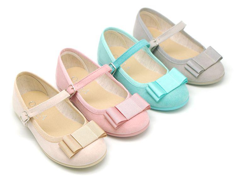 submarino entusiasta Parásito  Tienda online de calzado infantil Okaaspain. Diseño y Calidad al mejor  precio fabricado en España. Merceditas en serra… | Girls party shoes, Baby  shoes, Girls shoes