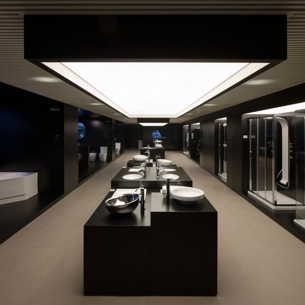 ROCA Showroom in Dubai | Tile showroom, Spa interior ...