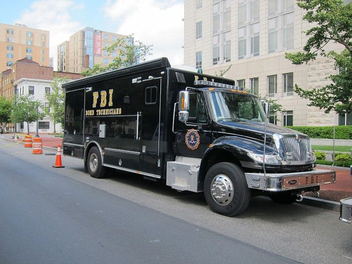 Fbi police bomb squad unit modern police vehicles for Department of motor vehicles stevens point wisconsin