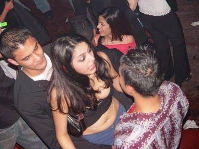 Colombo hot girls