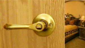 Bathroom Door Lock Privacy Lever Handles Eiffel Hardware For Bedroom Bathroom Doors In Polish Brass Finish Bathroom Door Handles Door Handles Door Mirror Diy