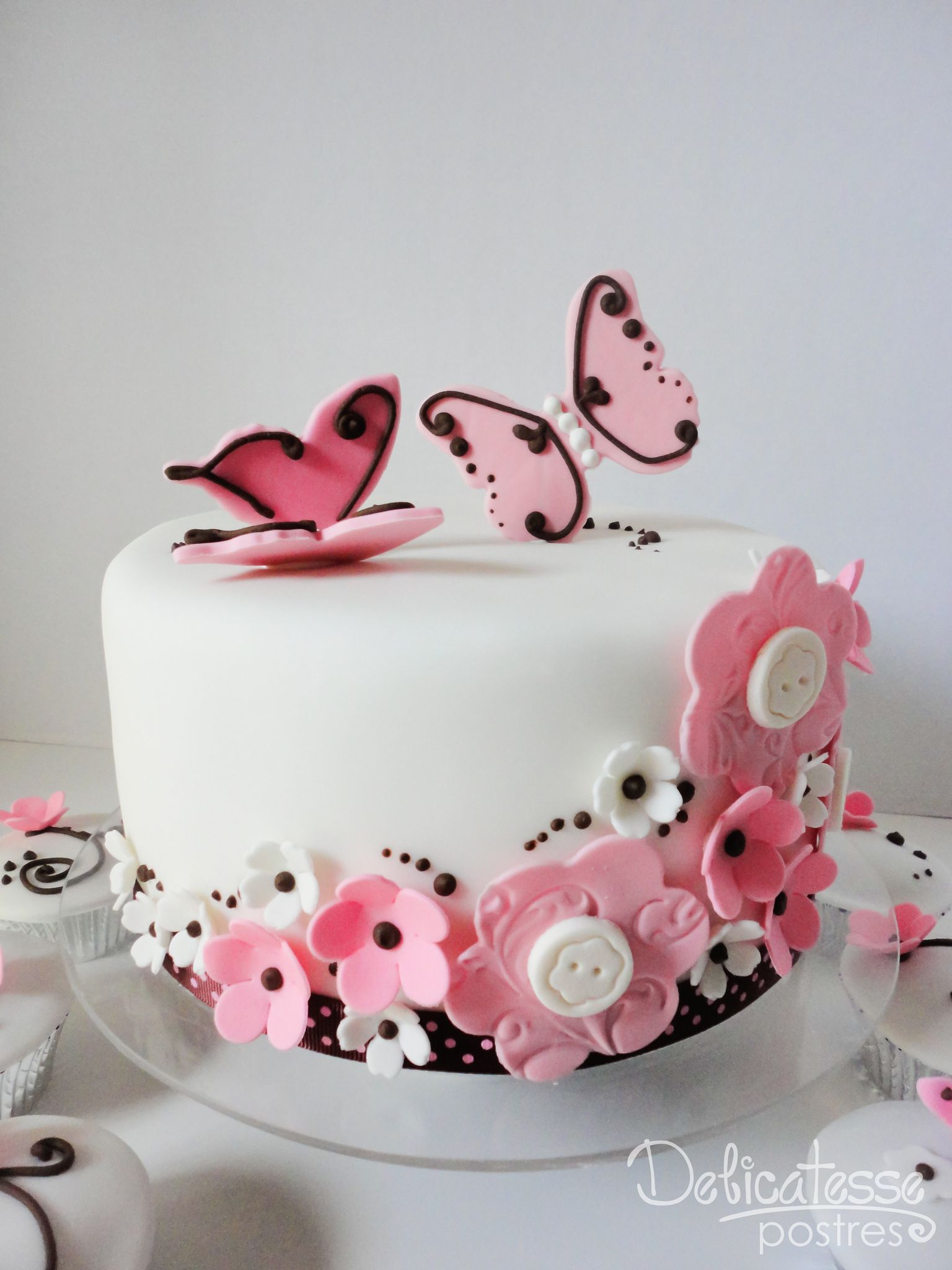 https://flic.kr/p/bwfZeh | Flowers & Butterflies Choco Pink Cake