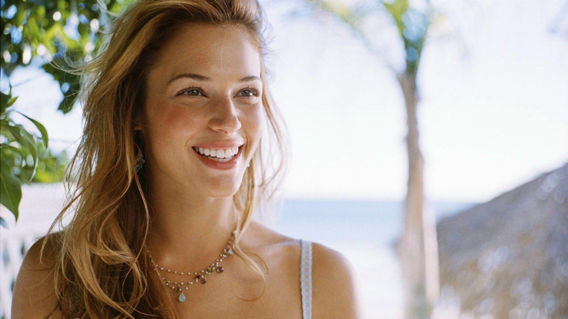 Watch Ruby Miller (actress) video