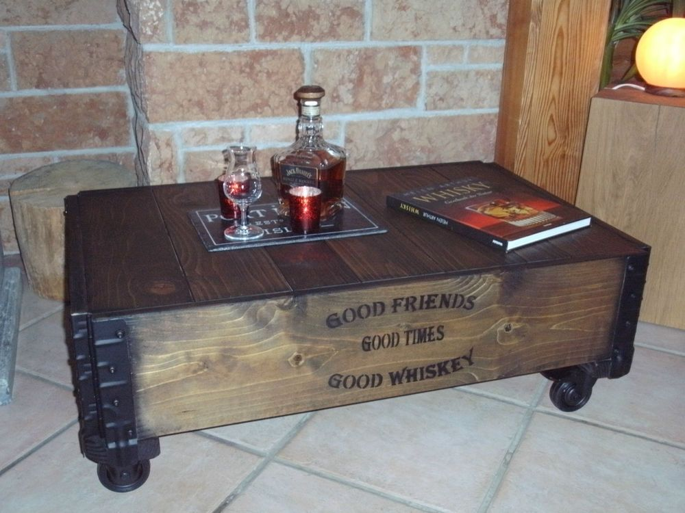 couchtisch beistelltisch frachtkiste holz massiv shabby alt vintage coffee table holzkiste. Black Bedroom Furniture Sets. Home Design Ideas