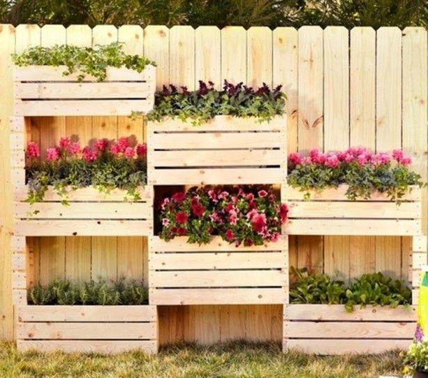 Giardino verticale con cassette di legno lavori for Giardino verticale balcone