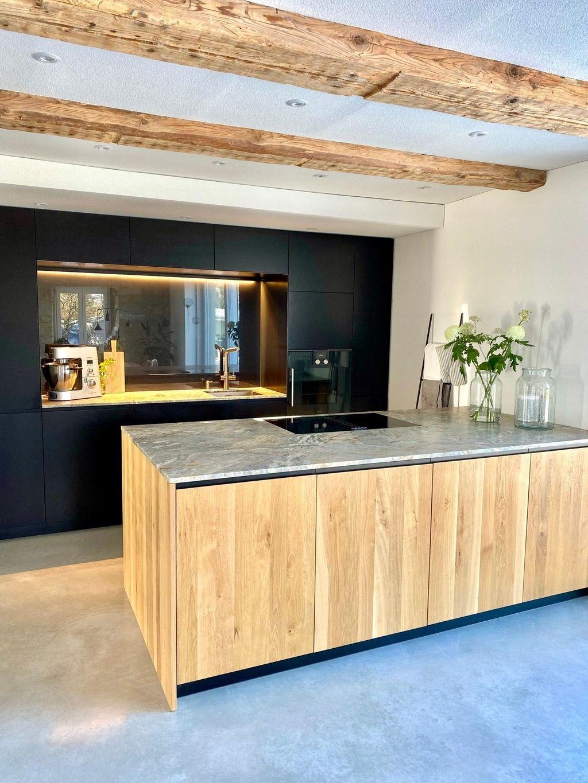 Unser Herzstuck Im Haus Kitchen Kuche Herzstu In 2020 Kuchen Ideen Holz Haus Gestalten Kuchendecken