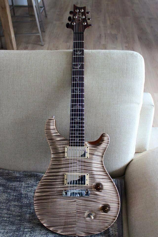 PRS Guitar Whale Blue PRS Guitar Carlos Santana #guitaramp #guitarstrings #PRSGuitars #prsguitar