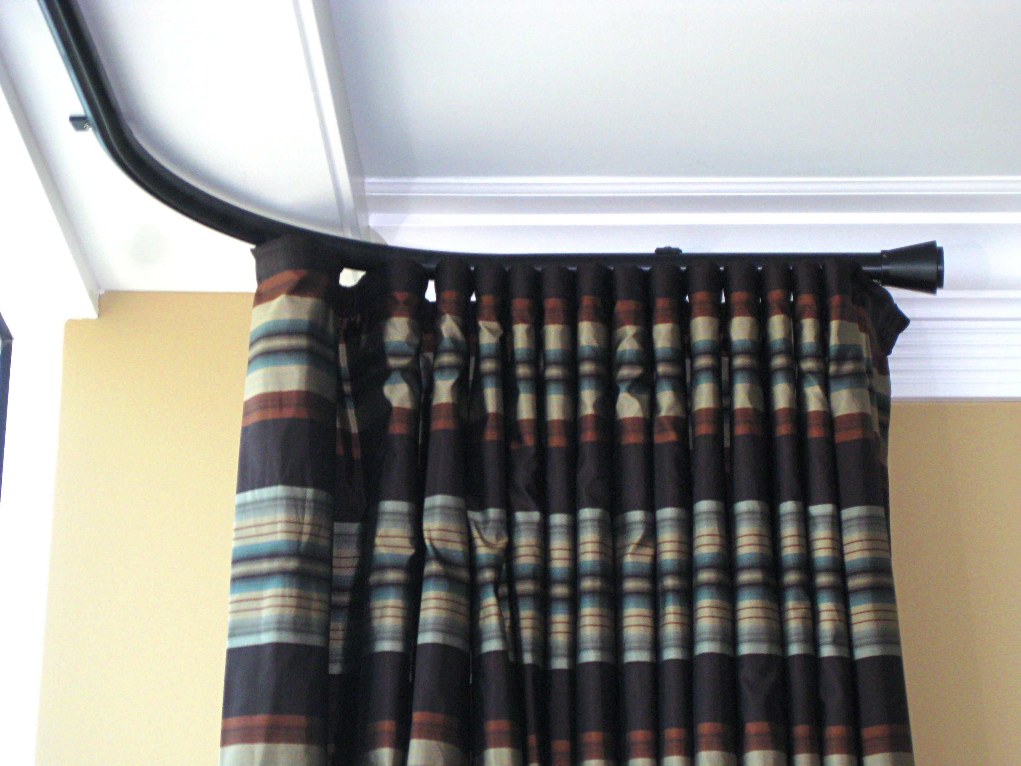 Curved Windows Bent 30mm Channel Rod With Mars Finial Ceiling