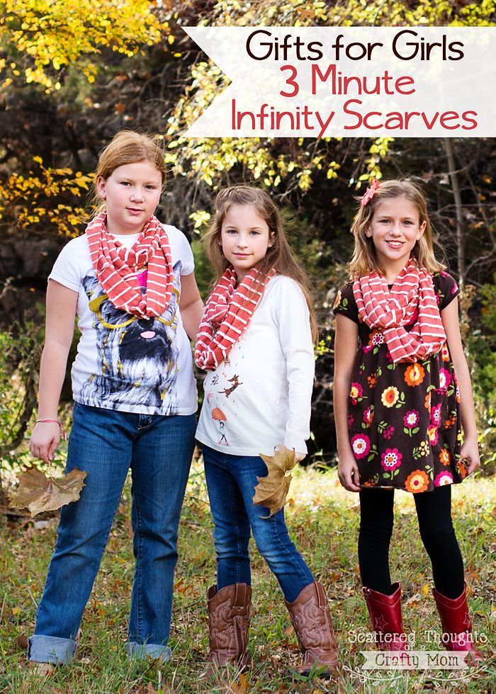 3 Minute Infinity Scarves! (Makes a great beginner sewing project ...
