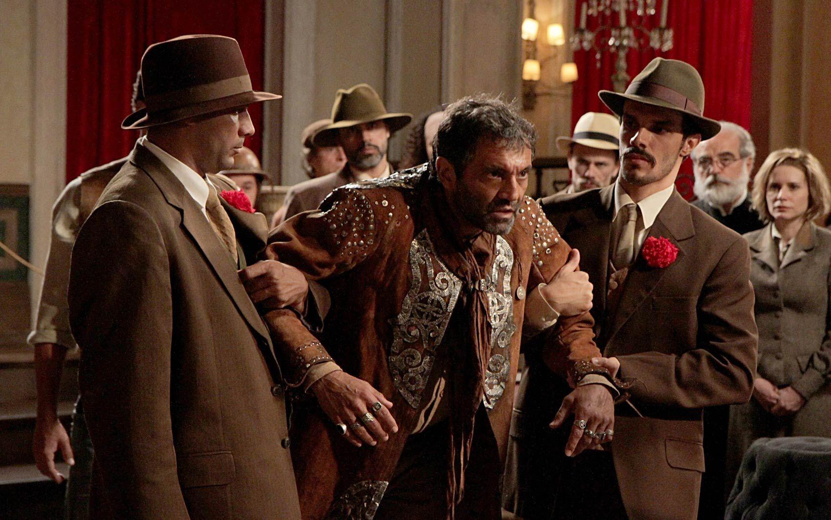 Domingos Montagner interpreta o personagem Herculano na novela 'Cordel…