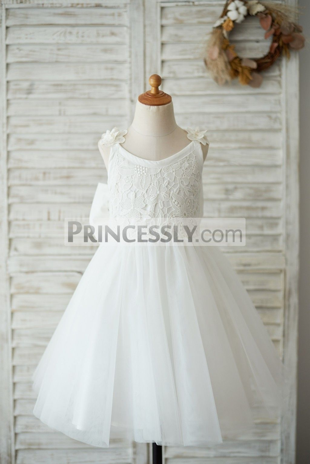 ffa43d7f2e68 Ivory Lace Tulle V Back Wedding Flower Girl Dress with Big Bow