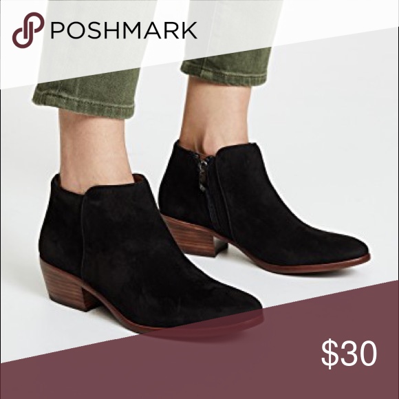 """98e9975fd Sam Edelman """"PETTY"""" ankle booties Sam Edelman Black suede PETTY ankle  booties Signs of wear on the heel Size 9.5 More pictures to come Sam Edelman  Shoes ..."""