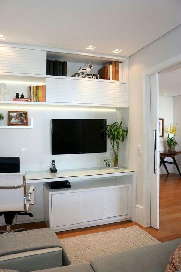 Home office na Sala de TV.  #CasaPequena #VidaADois