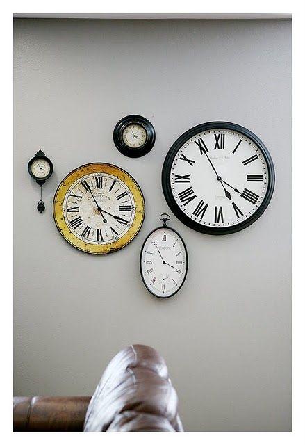 Eteiseen kellot, erilaiset? Toinen suomen ja toinen amerikan aikaan?