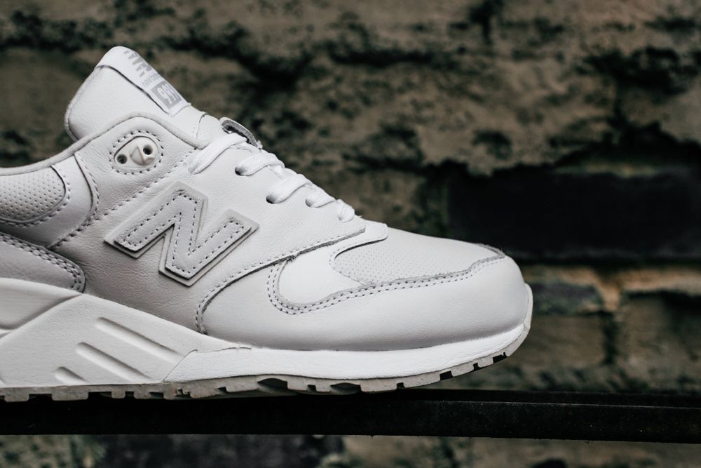 New Balance 999 All White  f861bfc714