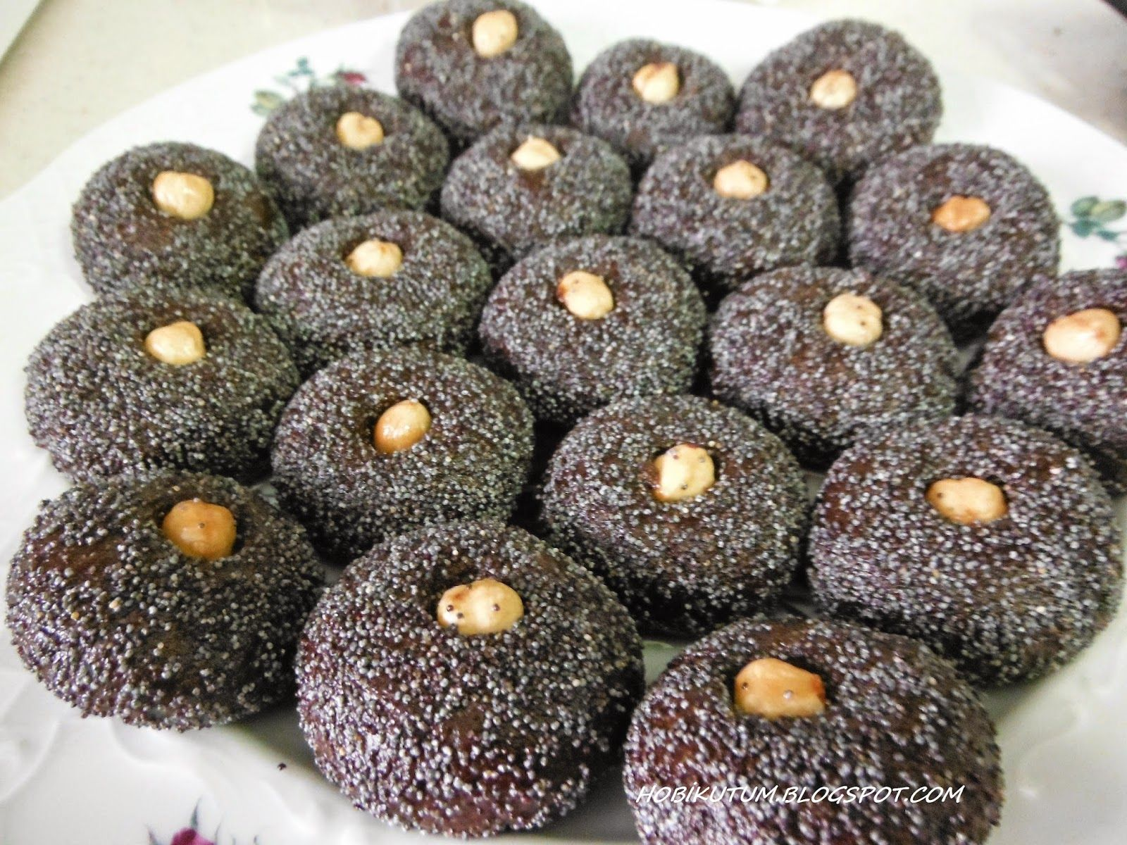 Haşhaşlı kakaolu şekerpare nasıl yapılır