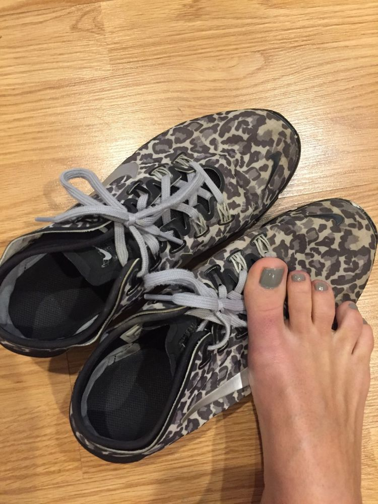 da53ed1e3e08 womens Size 8 jogging shoes Nike animal print dirty smelly worn workout  sneakers  fashion  clothing  shoes  accessories  womensshoes  sandals (ebay  link)
