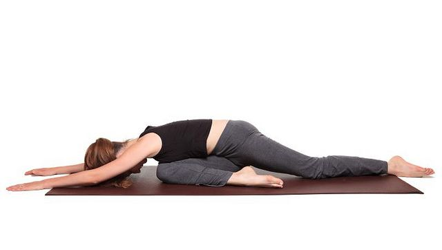 Yoga Poses Pigeon Pose Position Kapotasana Pigeon Pose Pigeon Pose Yoga Yoga Poses