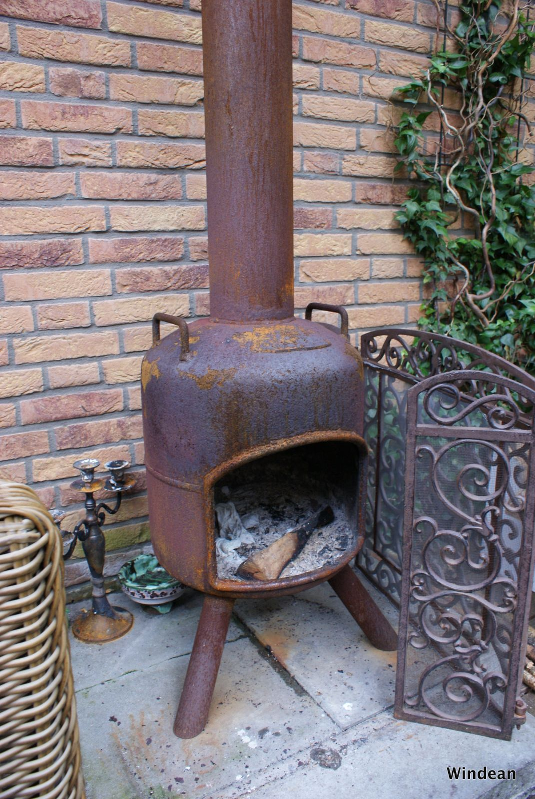 An Old Propane Tank Recycled Into A Fire Pit For Our Garden Propane Tank Art Fire Pit Fire