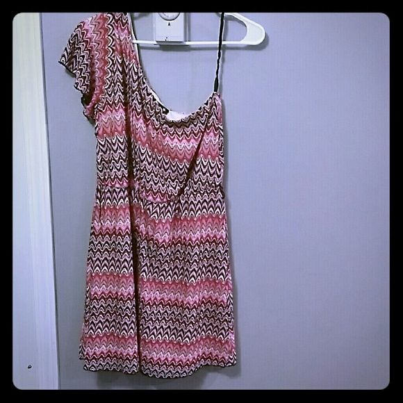 One shoulder dress Only worn a handful of times, perfect condition. Dresses One Shoulder