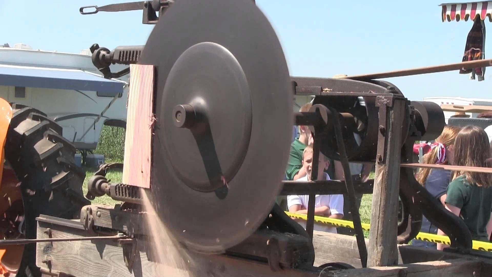 Greensburg, IN Antique tractors, Old tractors, Vintage