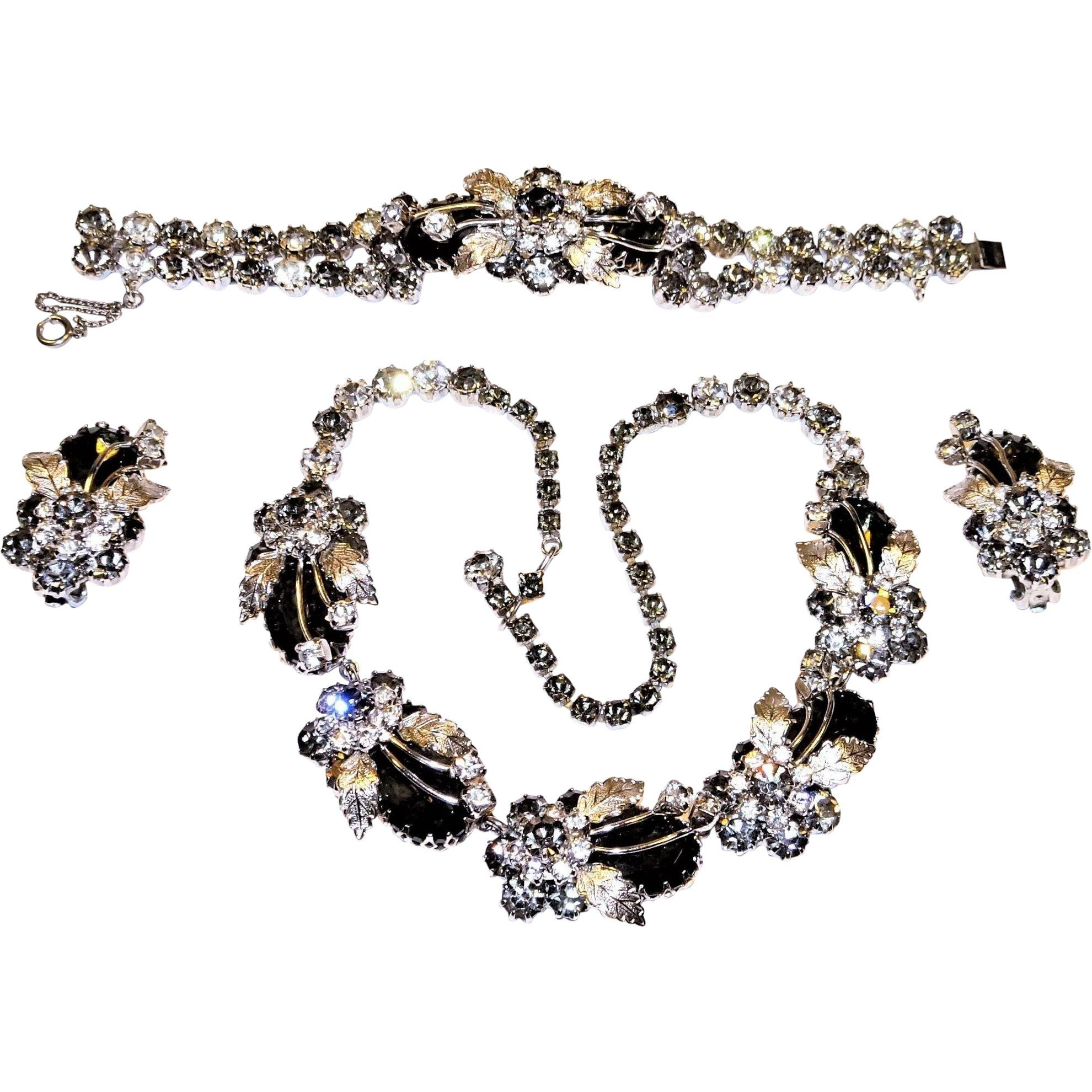 a8ed9d240 Vintage Diamante Black Diamond Rhinestone Necklace Bracelet Earring Set
