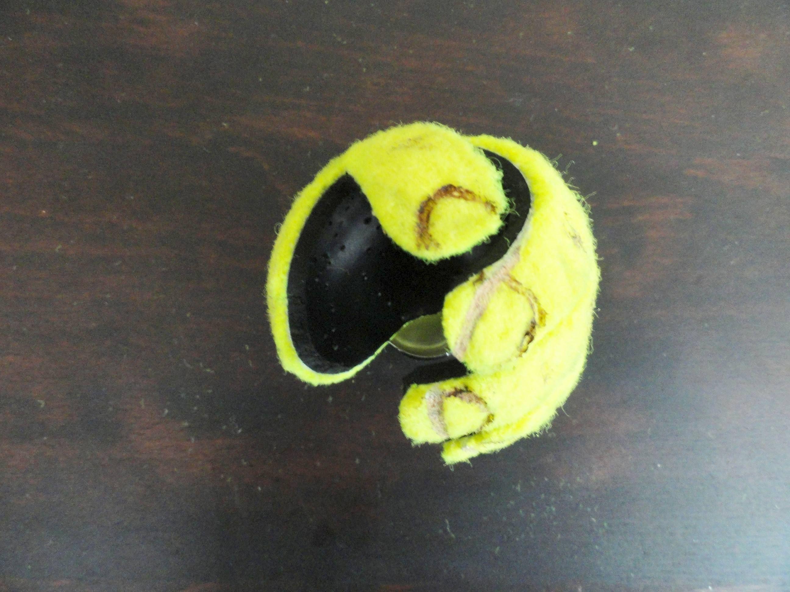 how to cut a tennis ball