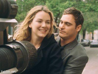 Joaquin Phoenix and Jacinda Barrett in Ladder 49 | Joaquin ...