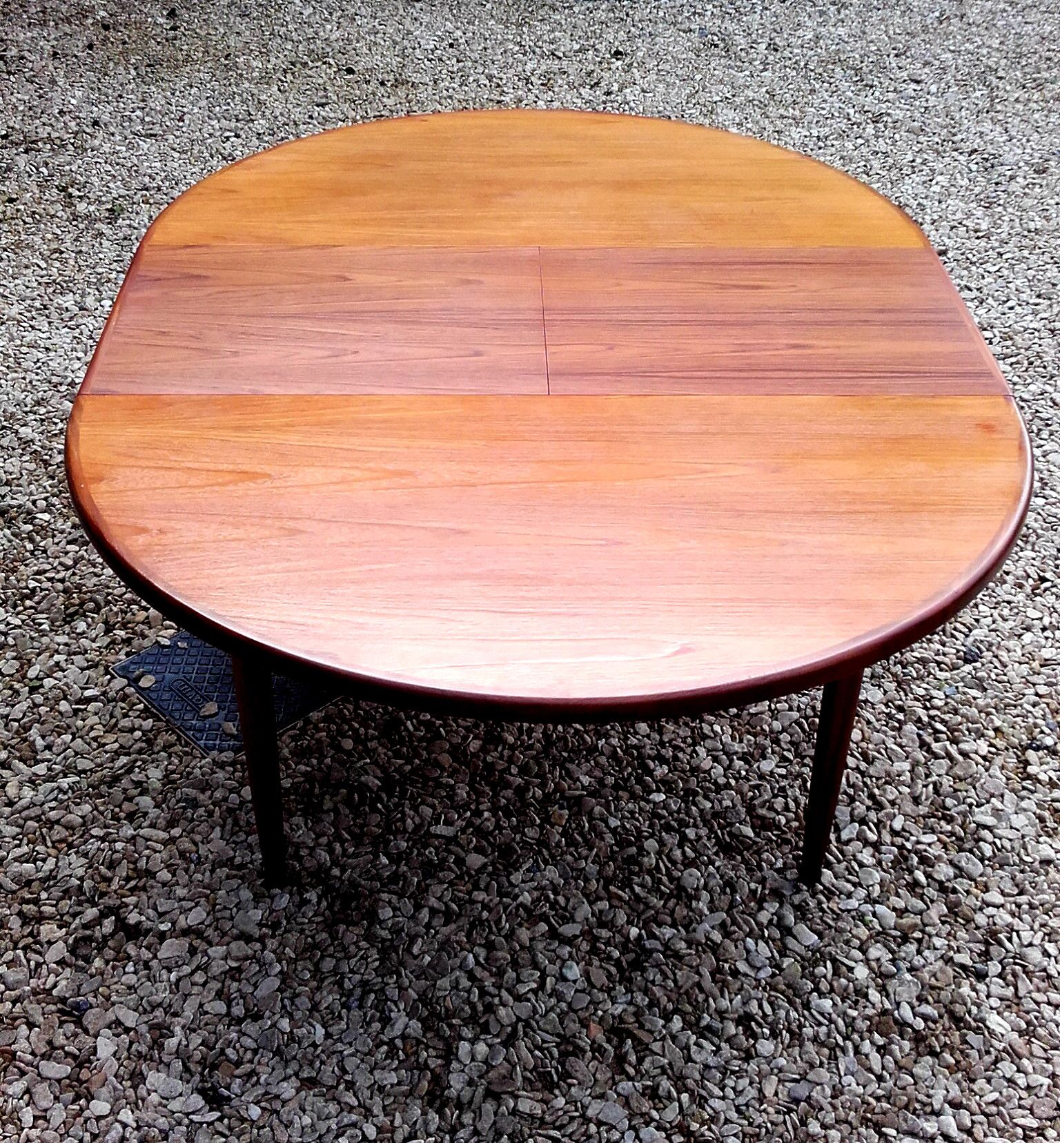 G Plan Fresco Circular Extending Dining Table This Is A Ravishingly Round G Plan Fresco Mid 20th Century Furniture Dining Table In Kitchen Mid Century Interior [ 1656 x 1536 Pixel ]