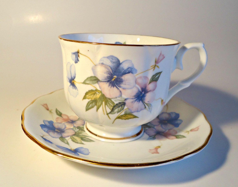 Vintage Crown Ceramics Teacup And Saucer Tea Cup Set Blue Floral Loucos