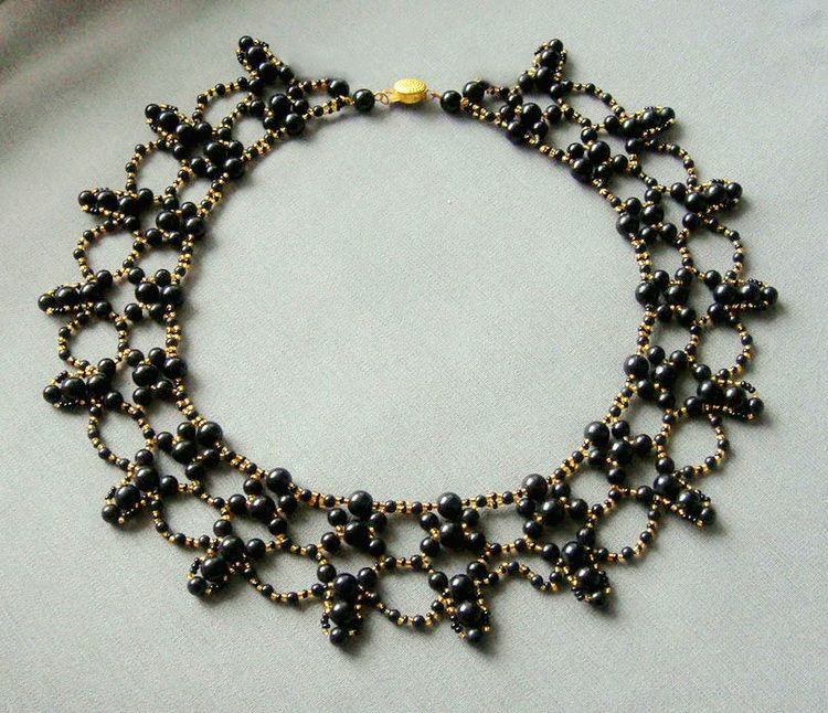 Free pattern for necklace Hanna | Bisuteria | Pinterest | Bisuteria ...
