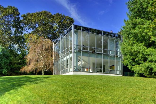 28 Clamshell Avenue, East Hampton, Long Island: Stunning and one of a kind. This is the glass box everyone has been waiting for. Minimalism at its best.