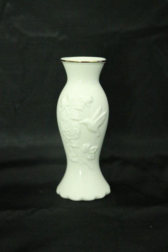Vintage Lenox Fine China Hummingbird Vase 24 Kt Gold Trim Certificate Original Packaging Signed Lenox Vase Vintage Gifts Ideas Vintage