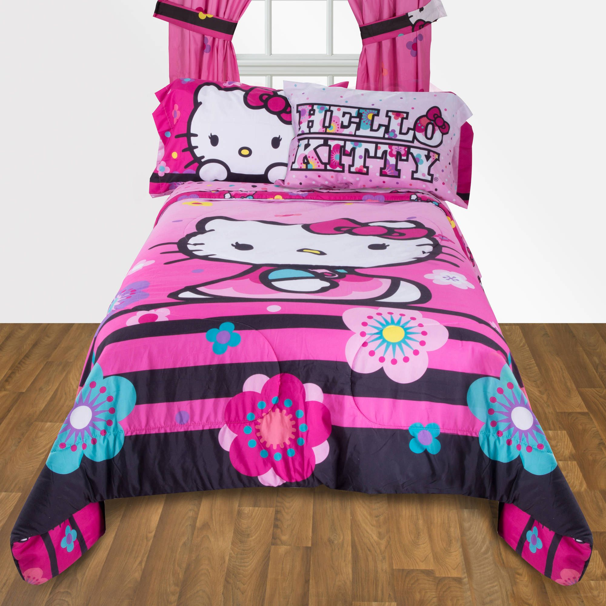 Hello Kitty Floral Ombre Reversible Twin Full Bedding forter for