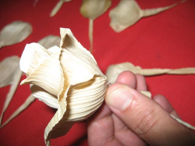 Handmade Kursy Wzory Tutoriale Kwiaty Z Lisci Kukurydzy Corn Husk Crafts Corn Husk Paper Flowers