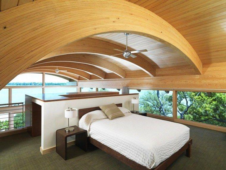 aménagement des combles avec plafond en bois