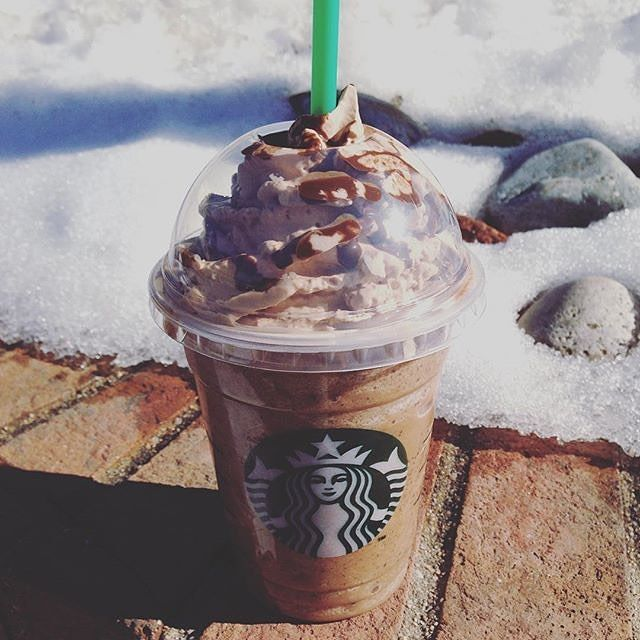 Just Like A Melting Snow, The #MoltenChocolateFrappuccino