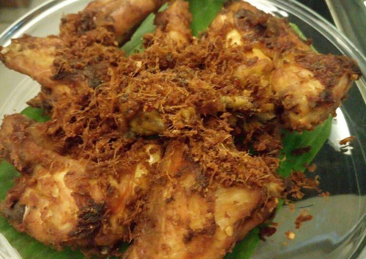 Resep Ayam Goreng Lengkuas Kremes Oleh Erni Affandi Resep Resep Ayam Ayam Goreng Resep Masakan Malaysia