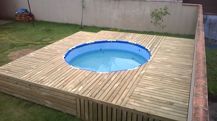 Wood Deck For A Pop Up Pool Genius Diy Swimming Pool Swimming Pool Decks Pool Landscaping