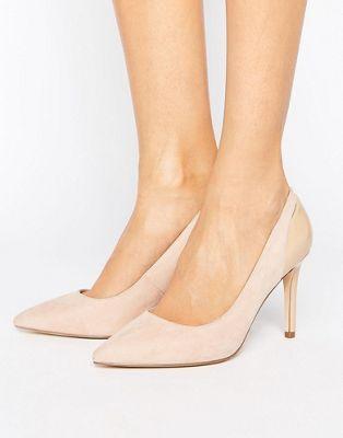 e5f5215960d Zapatos de salón en punta en tono nude Callie de Faith