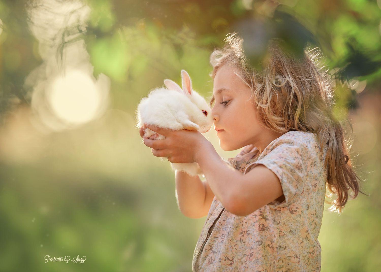 Днем рождения, картинки дети с животными на руках