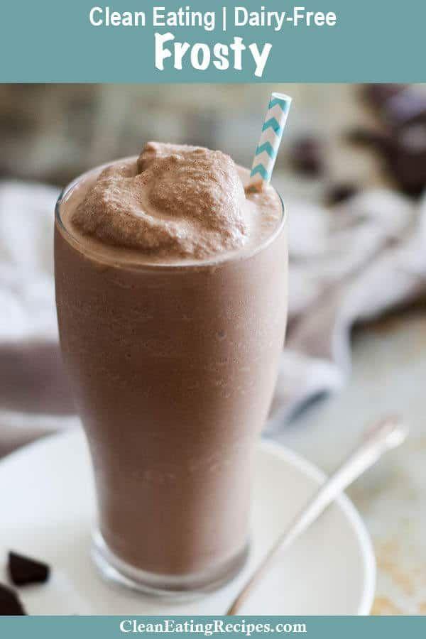 Wendy's Copycat Paleo frosty Recipe {Dairy-Free} - My Natural Family #dairyfreesmoothie