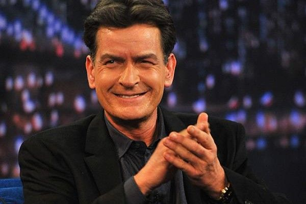 "Charlie Sheen se lanza contra creador de ""Two and a Half Men"". Foto: AFP"