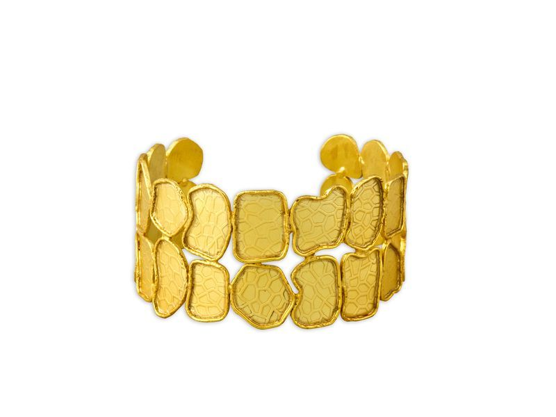 INÉS BRACELET: This is just perfect for the woman who wants beach-glam this summer. #summer jewelry #bracelet
