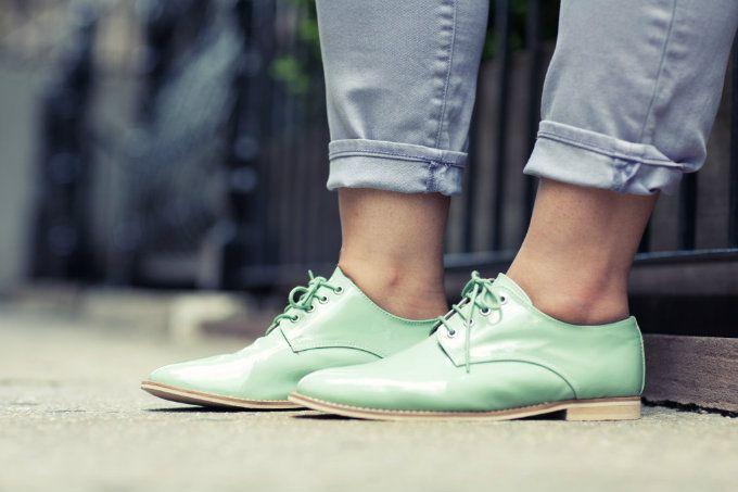 // mint shoes.