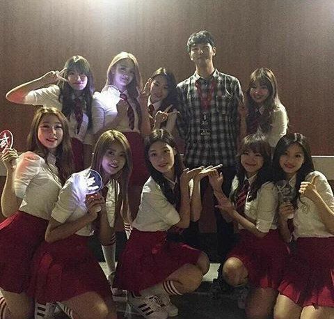 Backstage photo with I.O.I! #I.O.I #LimNayoung #KimChungha #KimSejeong #JungChaeyeon #ZhouJieqiong #KimSohye #YuYunjung #ChoiYoojung #KangMina #KimDoyeon #JeonSomi