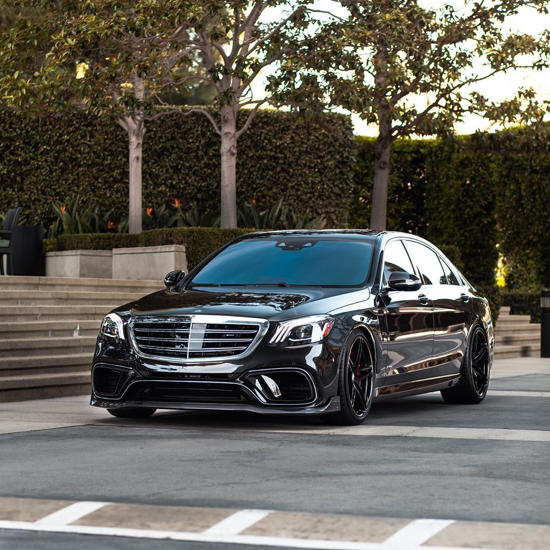 Boden Autohaus On Instagram Describe This Mercedes With One Word Theofficialbrabus Hre Black Mercedes Benz Mercedes Benz Vans Mercedes Benz Maybach