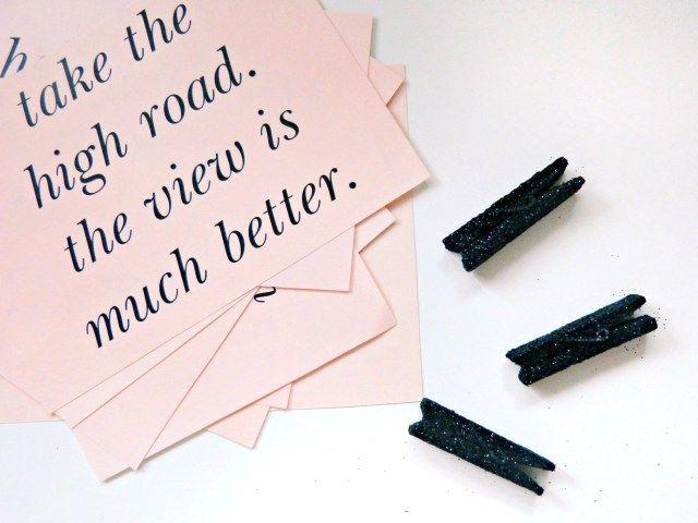 "DIY Decor Idea: 2 Ways to ""Reuse"" Your 2014 Kate Spade Agenda | The Fabulous Life Of A Natural Disaster"