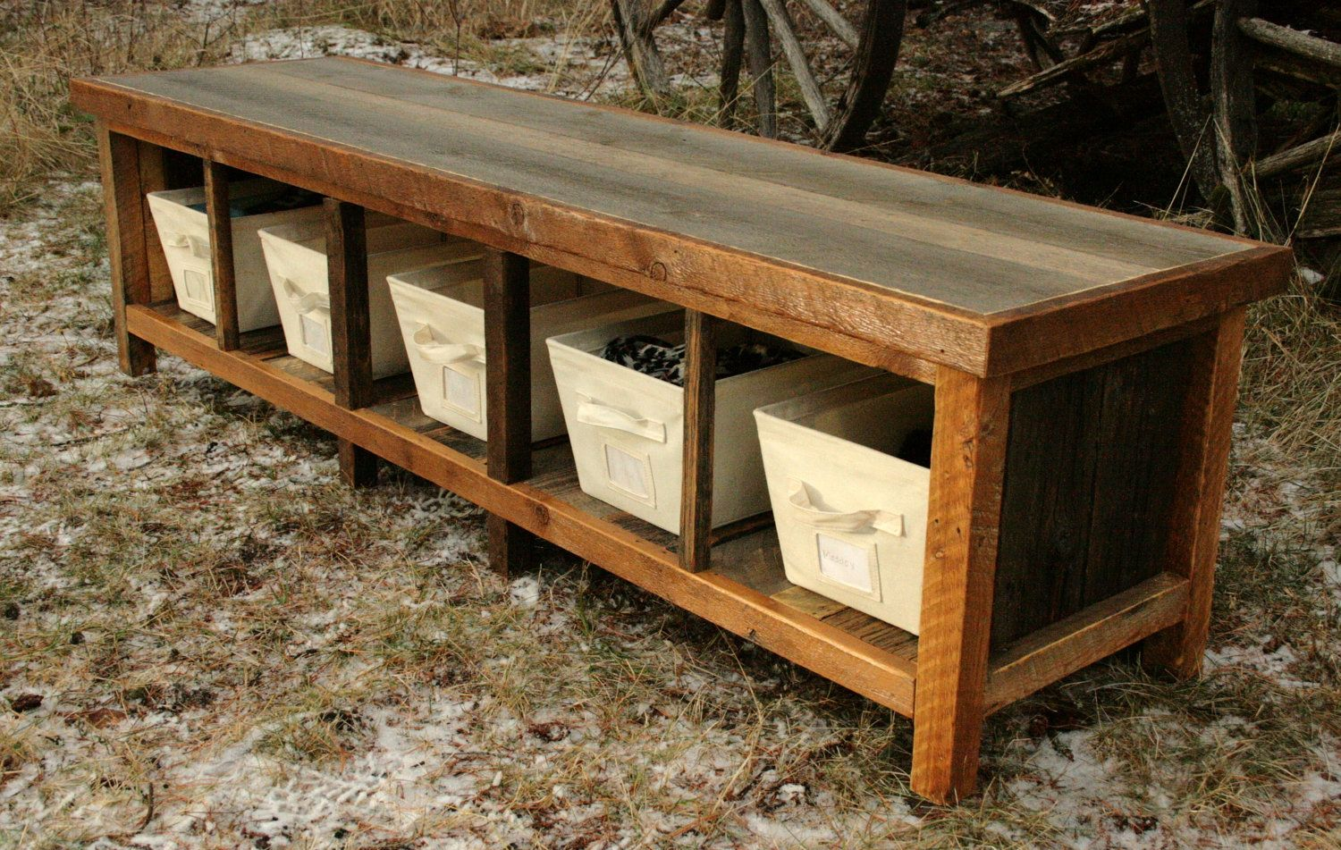 I Can Dream Of Making This Out Of Our Old Rimu Studs But I M Sure It Wouldn T Look The Same Rustic Storage Bench Rustic Storage Rustic Entryway Bench